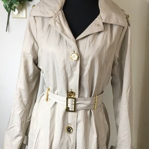 women's MICHAEL KORS size LARGE beige trench coat